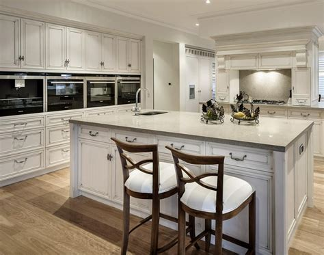 Kitchen Cabinet Must Haves Luxury Kitchen Must Haves