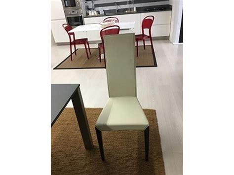 lade da soggiorno 4 sedie da soggiorno modello di cattelan scontata