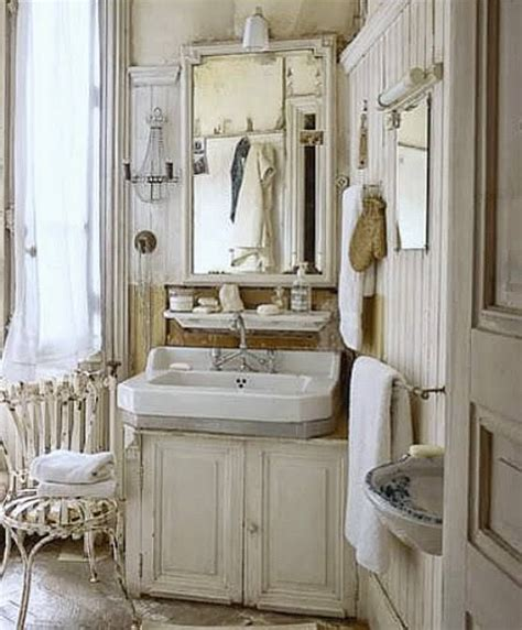 vintage chic bathroom vintage bathrooms bathroom and salem s lot on pinterest