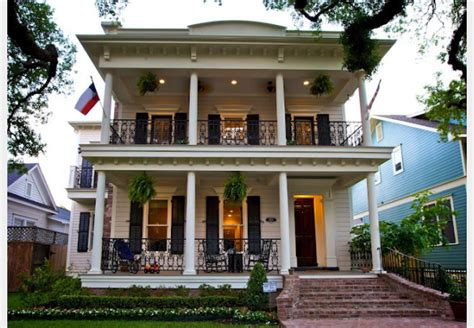 tips to apply your house with new orleans style home plans