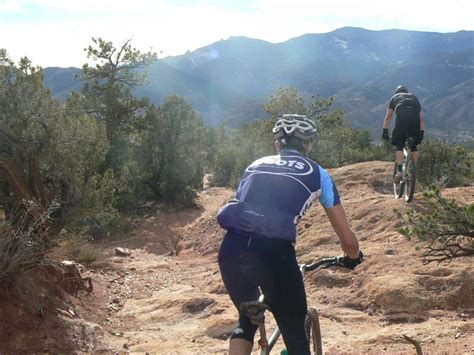 Garden Of The Gods Bike Trail Mountain Bikers In Garden Of The Gods Notmytribe