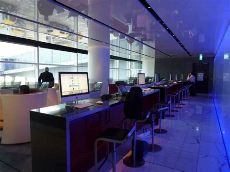 The Cabin Lounge Hong Kong Airport by Cathay Pacific The Cabin Lounge At Hk Airport The Luxe