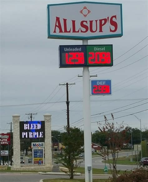 Local Gas Shops Gas War Brings Cheapest Gas In United States By A Lot
