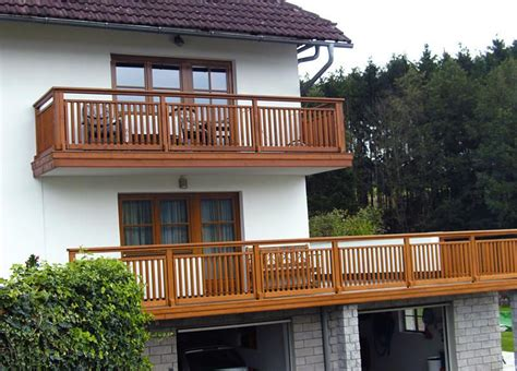 Balkon Holz by Balkone Aus Holz In Linz Amstetten Wels Info Holzbalkone
