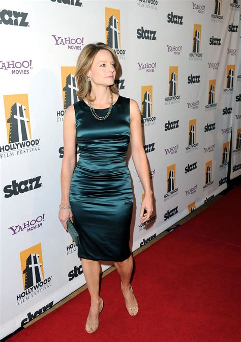 Elles 14th Annual In Carpet by Jodie Foster Photos Photos 14th Annual Awards
