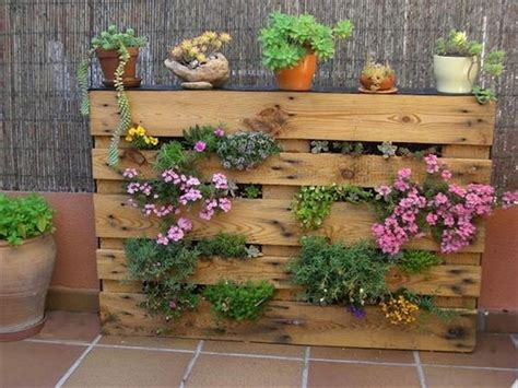 Garden Ideas With Pallets Wooden Pallet Vertical Garden Ideas Recycled Things