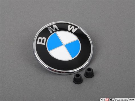 Bmw Emblem Replacement by Ecs News Bmw E46 3 Series Non M Bmw Roundel Replacement