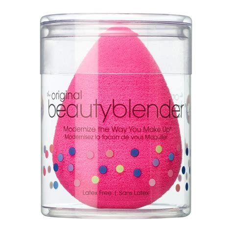Themakeupgirls 99 Products by Secrets From A Makeup Artist 10 Items You Need From