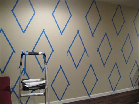 paint patterns for walls how to paint a diamond pattern on your wall maison d or