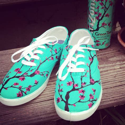 painted shoes arizona green tea themed painted shoes by jessikundrickshoeart