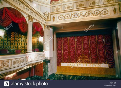 curtain theatre london theatre curtain and boxes the vaudeville theatre london