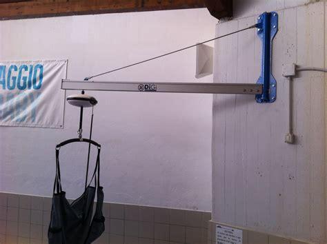 sollevatore a soffitto sollevatore a binario fisso e mobile per disabili e anziani
