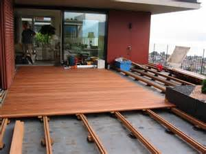 terrassen boden terrasse holz glatt oder geriffelt bvrao