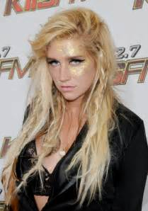 the beauty evolution of kesha from glitter goddess to