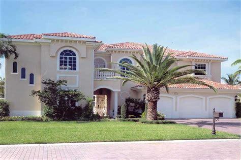 law suite home   bdrms  sq ft house plan