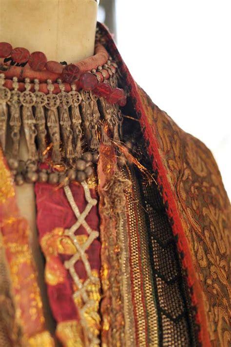 curious fashion week   tale   beautiful yemeni
