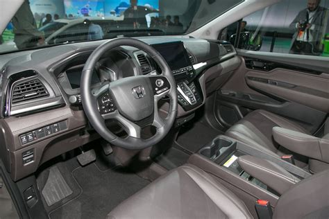 honda odyssey inside 10 things you didn t about the 2018 honda odyssey