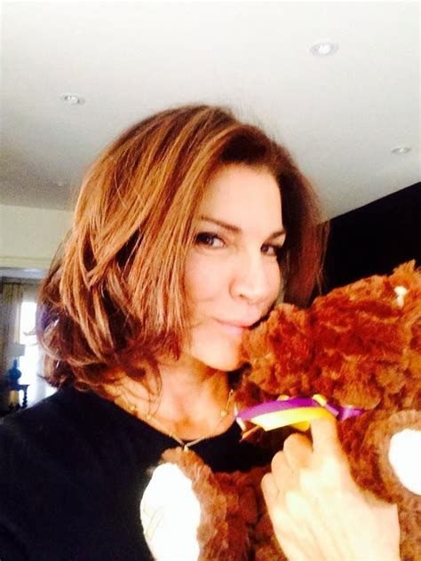 who is hilary farrs hairstyle 7 best hilary farr hair images on pinterest hairstyles