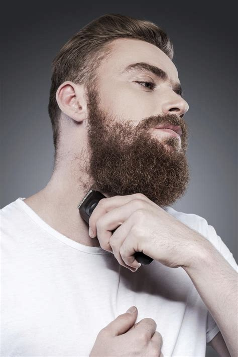 coupe de cheveux homme barbe coiffure homme accorder sa coupe 224 sa barbe madame figaro