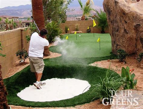 putting greens for backyards 25 best ideas about backyard putting green on
