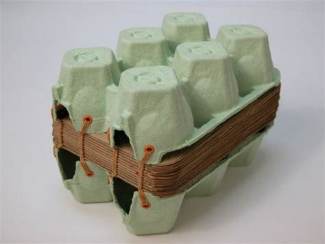 upcycle egg cartons 1000 images about upcycle egg cartons on