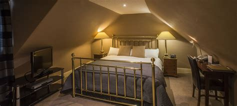 age to reserve hotel room book guest room 8 at the heathmount inverness hotel scotland