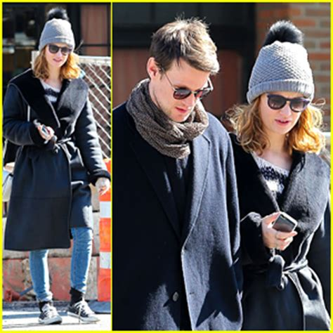 lily james & matt smith catch a cab together in new york