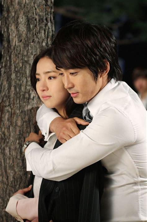 film drama korea when a man loves 로맨틱함의 절정 백허그 공개 mbc 연예 스포츠
