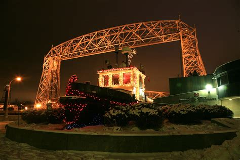 christmas lights duluth mn tonyrogers com tugboat at canal park with christmas lights
