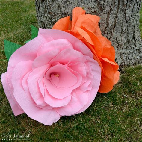 Make Big Paper Flowers - crepe paper flowers tutorial sized crafts unleashed