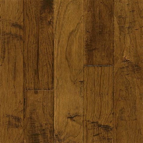 robbins hickory brushed candlelight 3 8 in thick x 5 in wide x varying length engineered