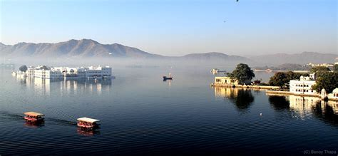 speed boat udaipur lake palace wikipedia