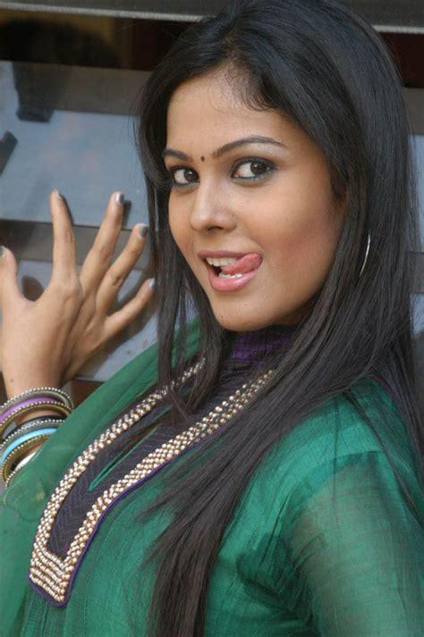 actress chandini tamilarasan facebook chandini tamilarasan photos chandini tamilarasan images
