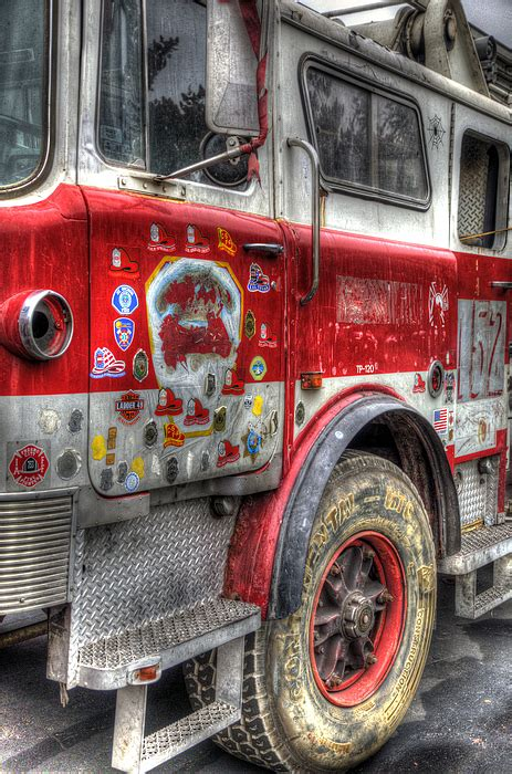 Hoodie High Times Back Print Station Apparel ladder truck 152 in remembrance of 9 11 photograph by