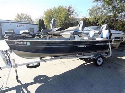 spectrum 1600 boat aluminum fishing boats for sale in grimes iowa
