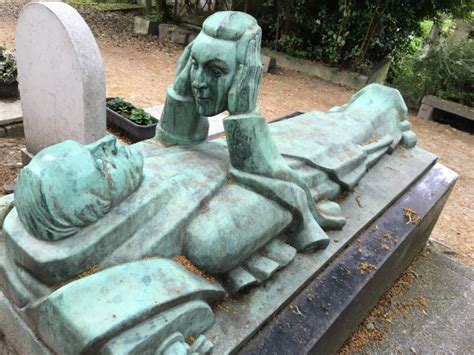 pere lachaise cemetery cimetiere du pere lachaise