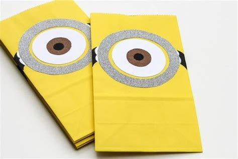 how to make minion favor bags 17 birthday party ideas featuring minions parentmap