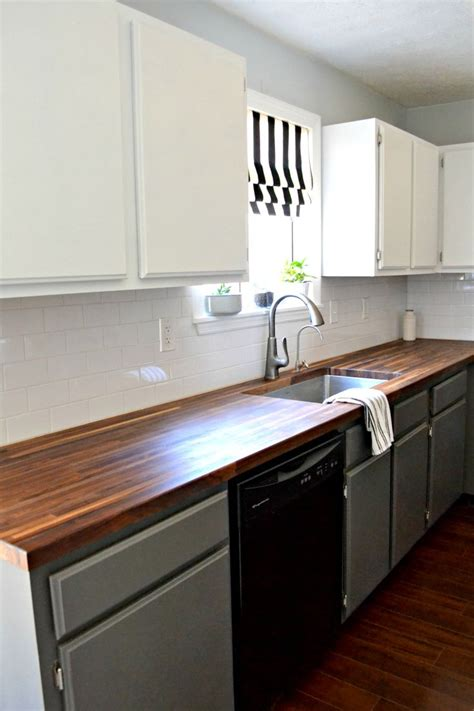 how to prep kitchen cabinets for painting 1000 ideas about simple kitchen cabinets on pinterest