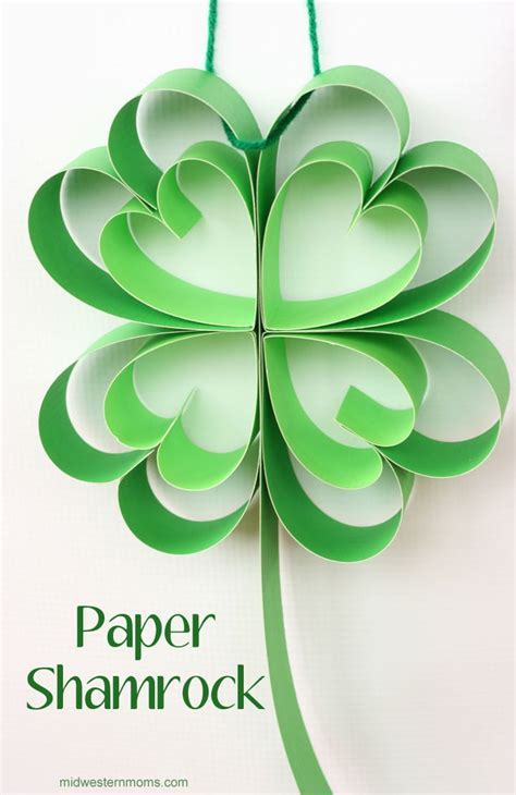 How To Make Paper Shamrocks - shamrock