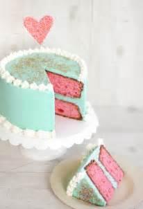kirsch vanille kuchen cherry vanilla layer cake sprinkle bakes