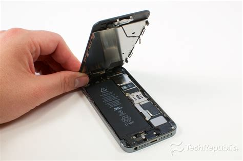 how to open a iphone 5s apple iphone 5s teardown 020 png