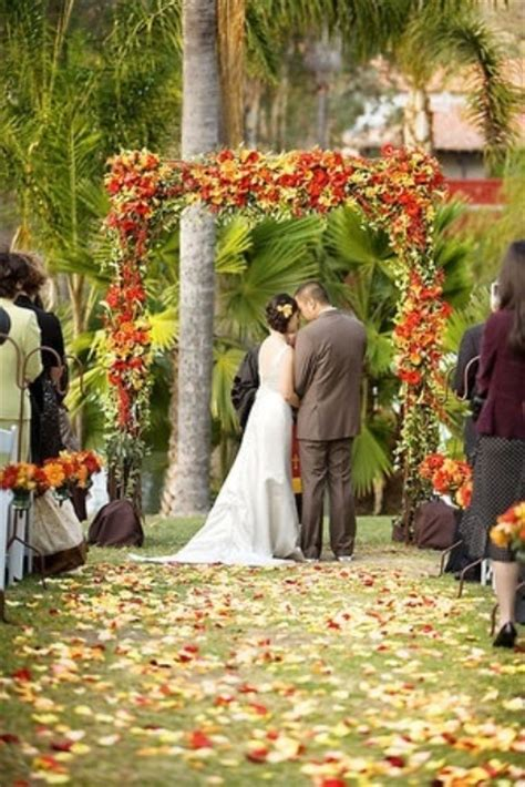 Fall Backyard Wedding Ideas 36 Awesome Outdoor D 233 Cor Fall Wedding Ideas Weddingomania