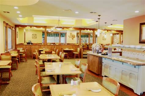 the alpine inn hotel restaurant christmas buffet was a rip off the worst prime rib i ve