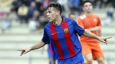 barcelona u19 carles p 233 rez of fc barcelona u19 the long range king fc