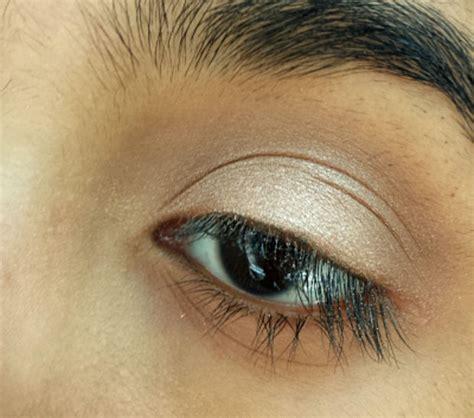 tutorial eyeliner mermaids atau ekor putri duyung