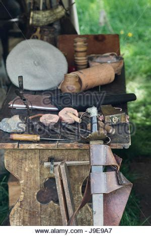 table of english civil war weapons and tools for making