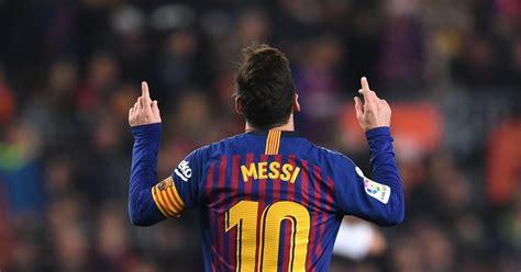 lionel messi hits  goals   consecutive season