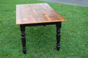 Farmers Kitchen Table Painted Legs Stained Top Diy Farming Kitchens And Farm Tables