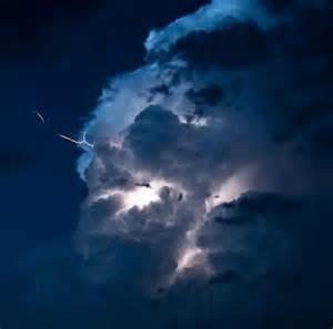 Lightning Cloud Amazing And Beautiful Lightning Photography Is