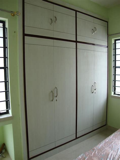 Simple Wardrobe Designs For Small Bedroom by Home Design Plain Simple Wardrobe Design Gharexpert